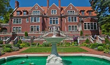 historic 39-room Glensheen Mansion is four miles away from the Resort offers popular tours