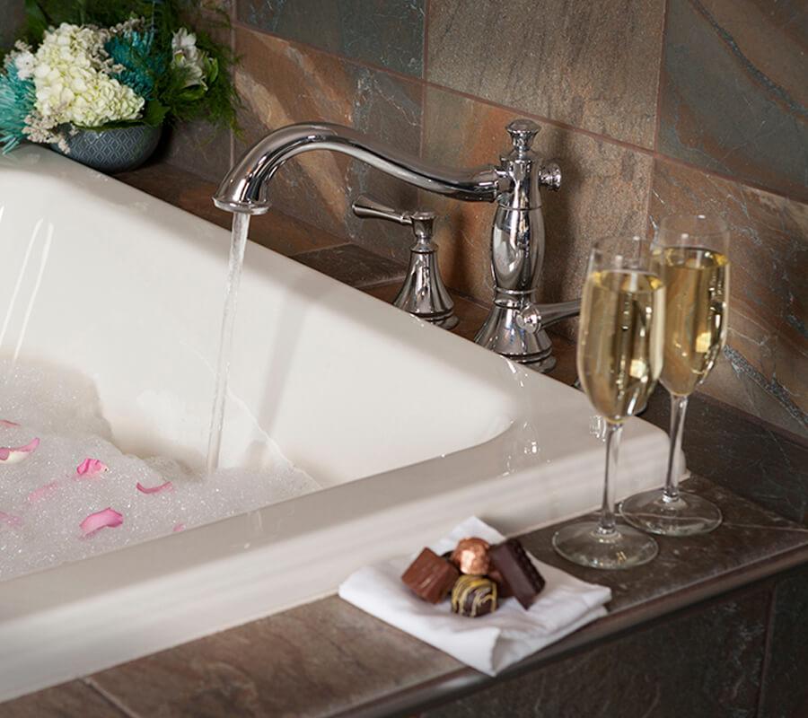 Romantic Hotels In Duluth Mn Park Point Marina Inn